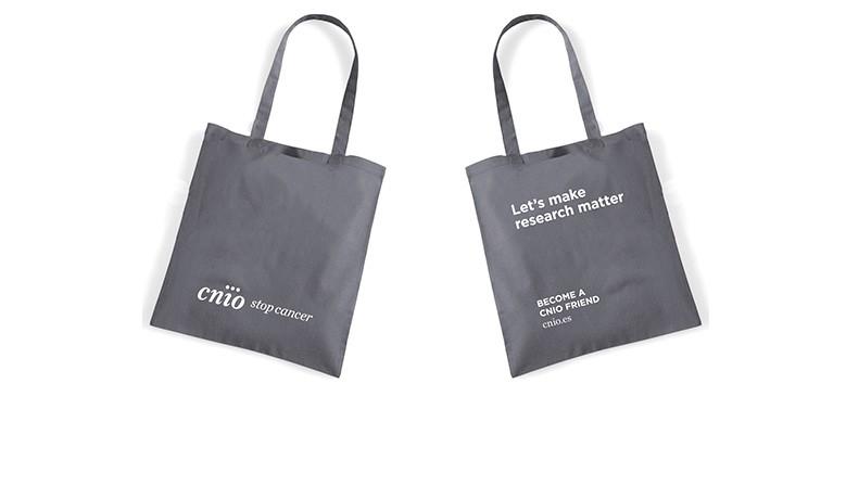 CNIO Tote bags